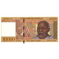 Мадагаскар 10000 франков 1994 UNC
