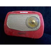 Ламповый радиоприемник Турист ПМП-56. Торг.