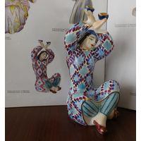 Узбекский танец с пиалами 17 см 1 сорт автор Жникруп Киев