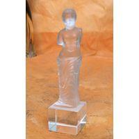 Статуэтка Венера, стекло. Чехия