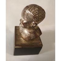 Статуэтка девочки бронза камень посеребрение старая европейская работа бюст