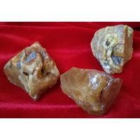 ЯНТАРЬ-- 5.. Камень Природный - 77.7 грамм. Балтика..