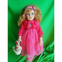 Фарфоровая кукла, коллекционая (45 см)