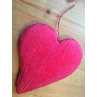 Красивое подвесное сердце. Высота 19 см.
