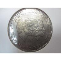 1 Песо 1984 CUNA DE LOS DIRECHOS HUMANOS - BONO ESPAILLAT ROJAS (Доминиканская Республика)