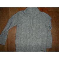 Тёплый свитер на мальчика,р.134-140