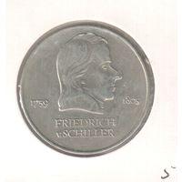 20 марок 1972 года ГДР Фридерик фон Шиллер в холдере 25