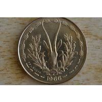 Западная Африка 10 франков 1966