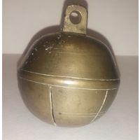 Импортный бубенчик с ободкомъ ( заграничный фасонъ ( Швеция - Российская империя.))