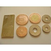 Галапагосские острова. набор 7 монет 1/4, 1/2, 1, 3, 5, 10, 25 песо 2008 - 2013 год