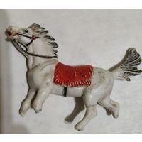 Конь. ГДР. Игрушка лошадь