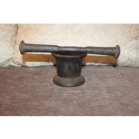 Металлическая ступка с пестиком, предположительно до 1917 года, клеймо.