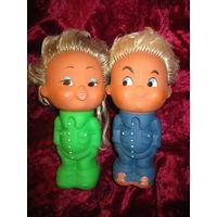 Пара винтажных кукол . Резиновые игрушки .  Куба