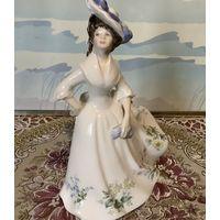 Статуэтка Дама в шляпе Adel Англия Royal Doulton винтаж