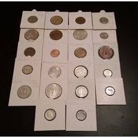 22 монеты мира в холдерах