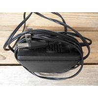 Адаптер Audiovox CNR405 ~120V/12V DC