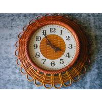 Часы Маяк, кварц, из СССР, рабочие.