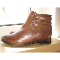 ПРИСТРОЙ. Кожа! Новые Ботинки фирменные BATA (Чехия) р.40 (41 евро)