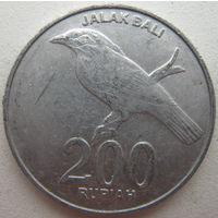 Индонезия 200 рупий 2003 г. (g)