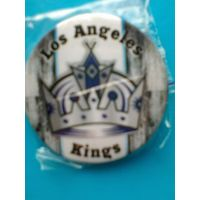 "Значок с Логотипом Хоккейного Клуба НХЛ  - ""Лос-Анджелес Кингз""."