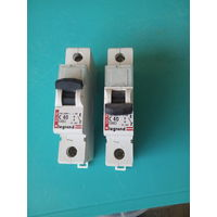 Два автоматических выключателя Legrand -40 a