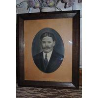 Старый ПОРТРЕТ мужчины в деревянной, дубовой раме: 19-20 век. Графика-!