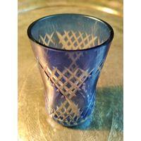 Старая рюмка стекло резьба шлифовка донышка высота 6.8 см. без сколов и трещин