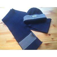 Теплый мужской комплект шапка и шарф, темно-синий цвет. Шарф длина 2,10. Состояние б/у ве