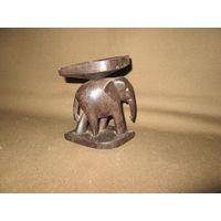 С 1 рубля!Статуэтка(пепельница) Слон красное дерево.