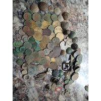 Лот старинных находок монеты более 100шт. РИ Советы ВКЛ Польша пуговицы и др. Не с рубля