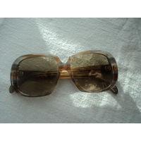 Очки солнцезащитные \стекло, роговая оправа, 70-е годы\