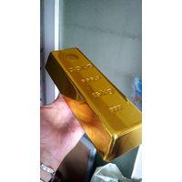 """Муляж. """"Слиток золота"""" в натуральную величину."""