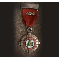 Приобрету знаки и награды Беларуси периода 1992-1995 годов.