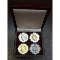 Футляр для 4 монет (1 руб., NiCu или 10 руб., Ag) D-37 mm деревянный