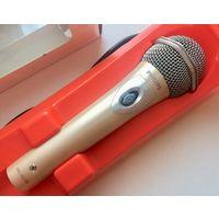 Микрофон Philips SBCMD185. Динамический однонаправленный. Кабель XLR Shure