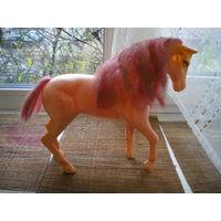Лошадка пластмассовая, 24х28 см.