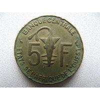 Западная Африка 5 франков 1976 г.
