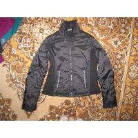 Куртка на синтепоне, фирменная, р.L (46-48). Новая. ДЕШЕВО!
