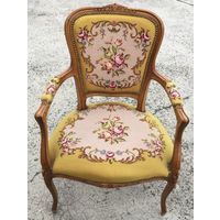 Кресло в стиле Людовика 16-го.Гобелен.Резьба.