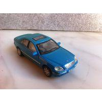 Mercedes-benz E-сlass 1/72