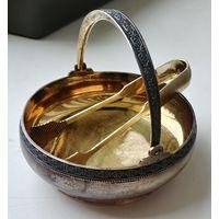 Шикарная серебряная сахарница с щипцами, СССР 875 проба, серебро, позолота, в идеале!