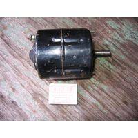 ЛотNo5== двигатель (электродвигатель) постоянного тока МЭ226-Б: 12В 40Вт, 3000об\мин (автомобильный)