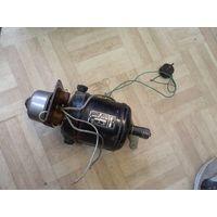 Электродвигатель ДТА-4.