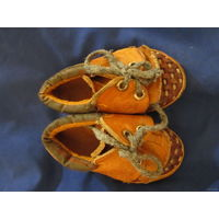 Фирменные ботиночки для вашей ляли 13,5 см. по подошве. Натуральная кожа, каблучок, ортопедическая подошва