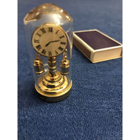 Миниатюра часы игрушечные  коллекционные