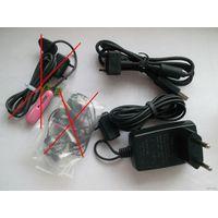 Аксессуары к мобильному телефону Sony Ericsson (зарядное и USB-кабель)