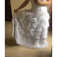 Свадебное платье пышное р.44