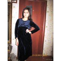 Моделька года. Платье в римском стиле. дизайн Ампир. Плюш. р. 44-46 велюр