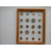 Картина из монет разных стран