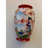 """Антикварная японская ваза, тонкий фарфор, ручная роспись, """"Гейши в саду"""", клеймо, 9,5 см"""